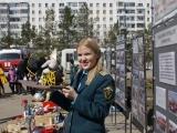 Показательные выступления пожарной техники на площадях города Уфы